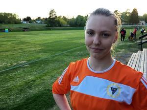 Målvakten Malin Pettersson var en av Alnös bästa spelare under TV-matchen mot Ope, men trots många räddningar blev det förlust till slut.