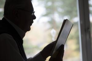 Man kan tro att politiker har tillgång till en bok med bortförklaringar. Foto:Fredrik Sandberg/TT