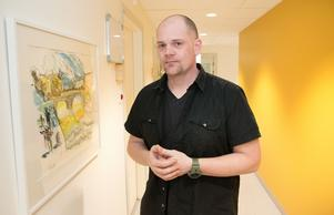 Mathias Tjärnhammar är behandlare på beroendemottagningen i Nynäshamn.