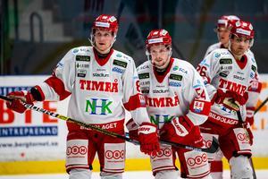 Linus Nässén (längst till höger) har mestadels matchat och tränat med Jens Lööke och Jonathan Dahlén.