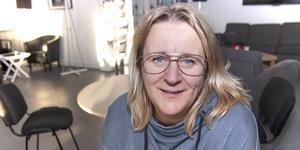 Pernilla Einan, enhetschef på Barn- och ungdomsenheten, är måttligt road av tanken på ett Ungdomens hus i Karlbergsbadet.