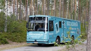 Biblioteksbussen i Lindesberg besöker bad och campingplatser