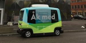 Transportstyrelsen har gett klartecken till den första försöksverksamheten med självkörande buss på allmän väg i Sverige. Beslutet gör det möjligt att testa framtidens hållbara transporter. Se lista i artikeln nedan på alla företag som sökt test-tillstånd i Sverige.Foto: Transportstyrelsen