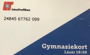 Mats-Olof Liljegren (L) och Karolina Wallström (L) svarar Ingvar Eriksson (V) och Mats Ek (S) om gymnasietkortet.