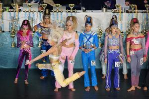 Dansare från 19 olika länder deltar i disco-VM i Örebro.