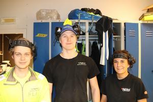 Lärlingar på Byggpartner i Borlänge ser fortsatt positivt på byggbranschen i länet: f v Linus Norström, Joakim Isaksen och Sofia Johansson.