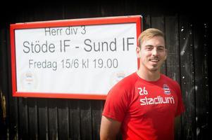 Reid Strein på Stöde IP där det vankas match. På fredag sänder vi derbyt mot Sund – se den på ST.nu.