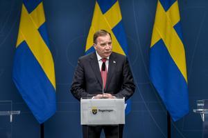 Statsminister Stefan Löfven (S) och under pressträff på torsdagen. Foto: Ali Lorestani