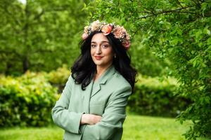 Parisa Amiri, programledare.