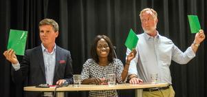 Grönt ljus från kandidaterna under partiledarutfrågningen i Borlänge .