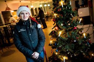 Sofia Wikman, ordförande för ungdomsenheten, berättar att man jobbat med showen sedan oktober.