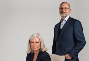 Liberalernas Karolina Wallström och Mats-Olof Liljegren blev inspirerade av Elin Fingal Swens text om jämställdhet.