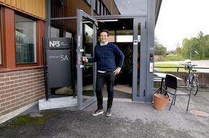 NP3:s vd Andreas Nelvig är nöjd med den stora affären som bolaget genomfört med 53 fastighetsköp för 1,2 miljarder.