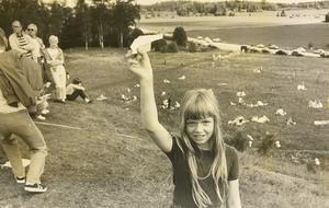 Papperssvaletävlingen på Anundshög 1983. Foto: Coje Larson/VLT:s arkiv