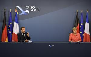 Att tro att Emmanuel Macron och Angela Merkel inte hade välgrundade motiveringar för gåvopaketet är generande, skriver Alf Svensson (KD). Foto: John Thys, Pool Photo via AP.