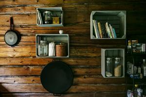 Kalle gillar det stilrena och minimalistiska även i köket.