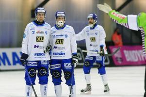 Oskar Nilsson (till vänster), här i mur med Fredrik Lönn, är den enda spelaren som Motala tappat sedan förra säsongen.