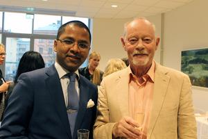 David Lindén tillsammans med professor Skytteanus emeritus Leif Lewin.