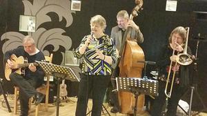 För sången och musiken svarade, från vänster, Jonny Johansson, Hildegun Forslund, Hans Lundhag och Margareta Kallin. Foto: Hans Widmark