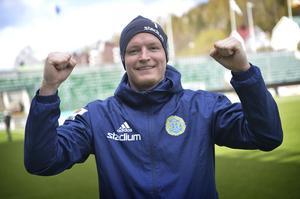 GIF Sundsvalls Liverpoolfostrade målvakt Lloyd Saxton var mer än nöjd efter sitt favoritlags bragdmatch mot Barcelona.