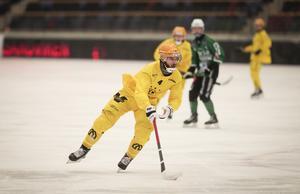 Niklas Gälman har haft problem med ett ryggskott, men gjorde comeback i Vetlandas möte med Motala förra onsdagen.