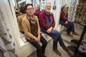 Ingrid Holmsten jobbade på Filmstaden och Christer Åstrand var arbetslös när de bestämde sig för att köpa Klackbaren för 22 år sedan.