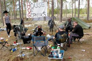 Maja Inge, vid elden, har hört så många roliga berättelser, och ville med på lajvet: