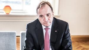 Statsminister Stefan Löfven anser att fler borde ha testats för covid-19 vid det här laget.