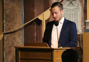 Sverigedemokraten Patrik Nyberg hoppades på en bred uppgörelse om hur väktare och fler kameror kan öka tryggheten i Kumla.