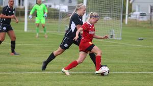 Nova Råstedt gjorde båda målen för Sveg i mötet med Ope2.