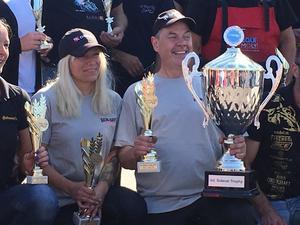 Nadja Milsten och Tomas Axelsson tog hem international Sidecar Trophy 2019.