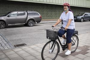 Det är snabbt, smidigt och enkelt att cykla, tycker  Louise Olenheim.