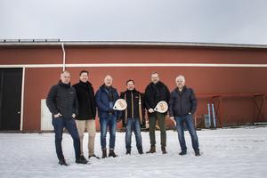 Kent Jonsson, Niklas Näslund, Jörgen Sommar, Håkan Teodorsson (PDL Courts), Ulf Bäckström och Kjell Eriksson ser fram emot den planerade öppningen i juli.