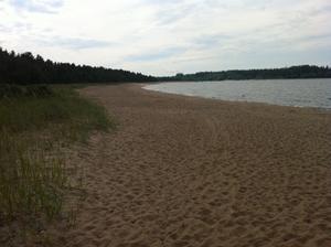 Stranden låg alldeles tom under fredagseftermiddagen.