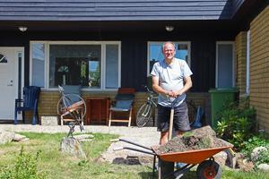 Henry Svens kommer att bli en av kyrkans närmaste grannar om den byggs.