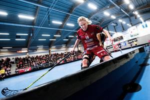 Rutinerade Isabell Larsson kom in i ÖIB den här säsongen.