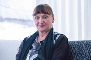 Agneta Englund samlar på eldstäder.