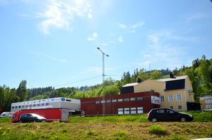 Schedins möbelaffär i Kvissleby är ett av företagen som står i vägen för dubbelspåret.