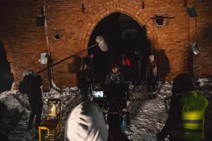 En av inspelningsplatserna för filmen var vid äventyrsgruvan i Tuna Hästberg, Borlänge kommun.