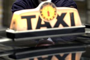 På torsdagsförmiddagen polisanmäldes en stöld. Det handlar om en taxibil som stals i Falun under natten mot torsdagen.
