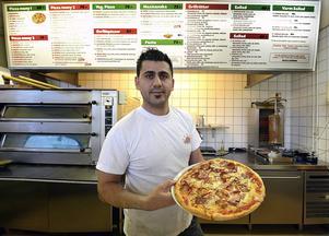 San Remo har utsetts till Sundsvalls bästa pizzeria – igen. Hawre Kasem Ali och deras Aladdin-pizza.