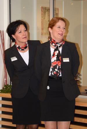 När Hedemoraborna besöker kommunkontoret/polisen är det i första hand Anette Nordlöf och Anna Back Matti som de kommer att möta.