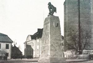 Bågspännaren i modell på Stora Torget 1910.