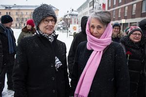 Anna Harsem och Åsa Hansson vill  demonstrera på Internationella kvinnodagen.