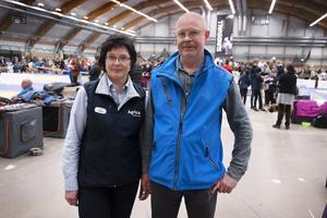 Margareta Carlsson och Mats Guldenheden från Västernorrlands kennelklubb.
