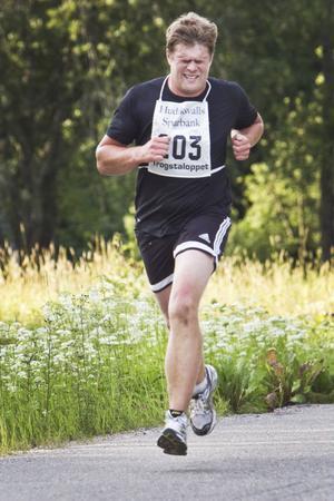 Jorma Davidsson från Brinkab var snabbaste herre över fyra kilometer.