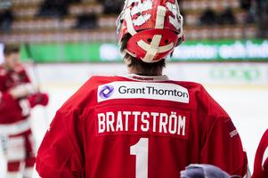 Victor Brattström startar i målet i kvällens match.