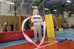 Ines Berglund, 3 år, är på en sån här dag för första gången.