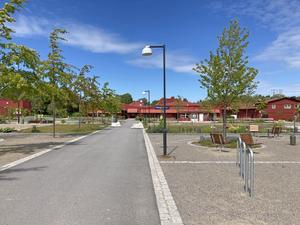 Nynäshamns kommun satsade häromåret många miljoner kronor på att anlägga en ny centrumpark i Ösmo. På grund av bristande underhåll håller man redan på att fördärva den, menar signaturen Hasse i Ösmo.