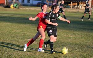 Michaela Bäckström gjorde H/Vs ledningsmål och stod för en stabil insats under matchen.